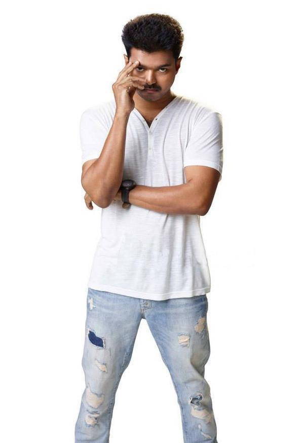 Kaththi New Stills Tamil Movie, Music Reviews and News