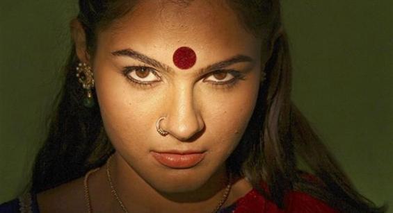 Aranmanai movie stills - Tamil Movie Poster