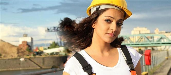 Kajal gives dates to Thuppakki after Maattrraan