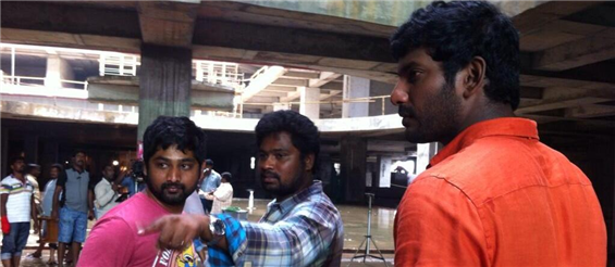 Naan Sigappu Manithan climax shoot - Tamil Movie Poster
