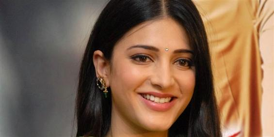 Shruthi Haasan in Legal Trouble - Tamil Movie Poster