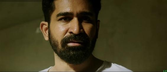 Vijay Antony starrer Yaman releases a 2 minute scene from the film - Movie Poster