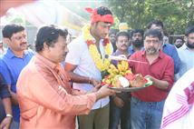 Vishal begins Sandakozhi 2 with a pooja