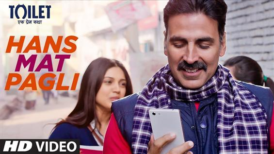 Watch 'Hans Mat Pagli' video song from Toilet: Ek Prem Katha - Movie Poster