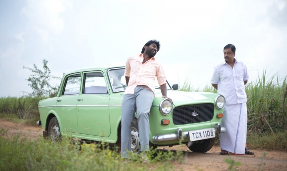 Pannaiyarum Padminiyum Picture Gallery