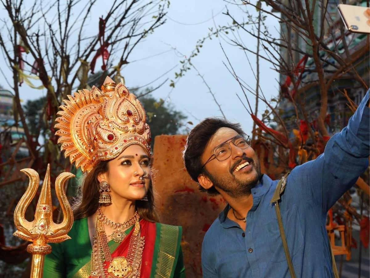 Mookuthi Amman Picture Gallery