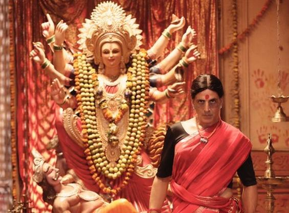 "Akshay Kumar ""Laxmmi Bomb"" first look unveiled"