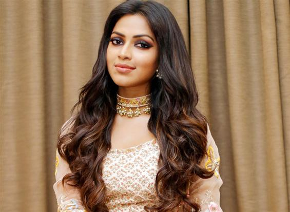 Amala Paul to team up with Meyaadha Maan director ...