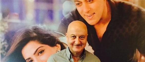 Anupam Kher thanks 'Prem Ratan Dhan Payo' team