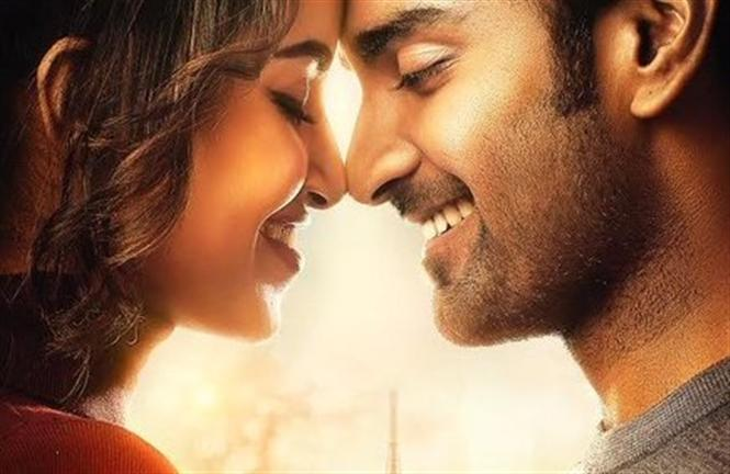 Atharvaa Murali's Ninnu Kori remake titled Thalli Pogathey! Here is the First Look
