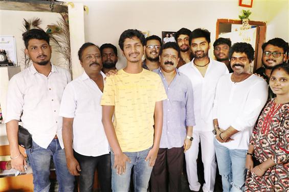 Atharvaa's Kuruthi Aattam begins shooting!