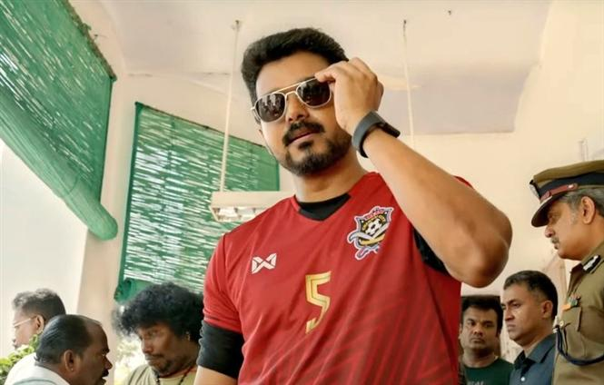 Bollywood Bowled Over by Bigil: Vijay & Atlee garner praise for Bigil Trailer!