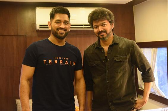 Dhoni pays a visit to Vijay's Beast sets! Images go viral!