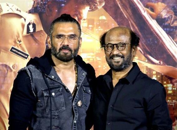 Distributors meet Rajinikanth over Darbar loss!