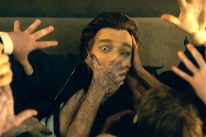 Doctor Sleep Review - Good performances and top class technicalities make up for this 'light' versus 'dark' fantasy horror film!