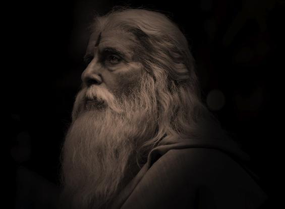 First Look of Amitabh Bachchan in Sye Raa Narasimha Reddy