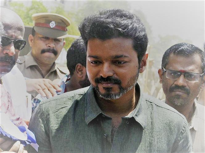 HC fines actor Vijay with Rs. 1 lakh for luxury car tax evasion!