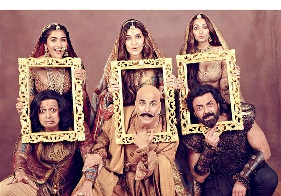 Housefull 4 Review: The Franchise Gets Bigger but ...