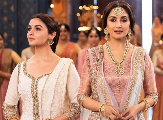 Kalank: Ghar More Pardesiya Song ft. Madhuri Dixit...