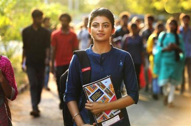 Kamali From Nadukkaveri Review - An applaudable attempt, single-handedly shoulder by Anandhi