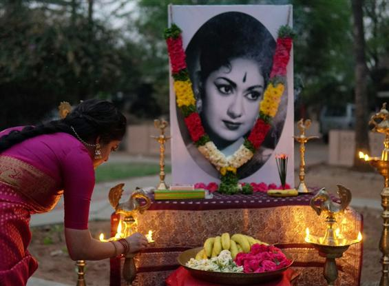 Keerthy Suresh's Mahanati wrapped up, team pays tribute to actress Savithri