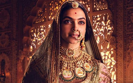 Padmaavat Review - MASTERPIECE! Don't ever miss this unparalleled cinematic experience.