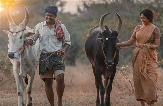 Raame Aandalum Raavane Aandalum Review - Too simpl...