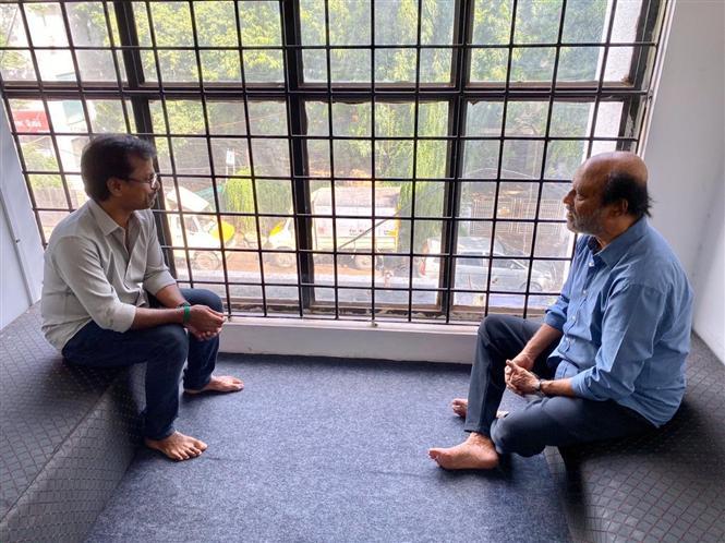 Rajinikanth completes dubbing for Darbar!