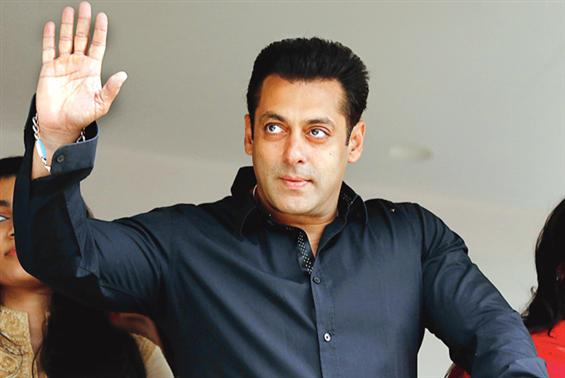 Salman Khan expresses 'Tears of gratitude' to his fans; gets ready to resume Race 3 shoot