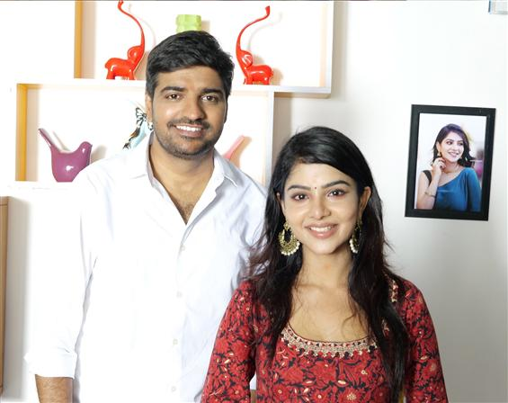 Sathish turns hero! To romance Cook With Comali Pa...