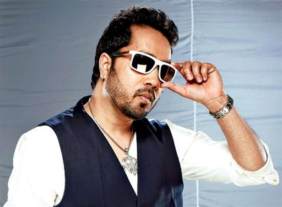 Singer Mika Singh banned from Indian Film Industry...