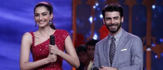 Sonam Kapoor & Fawad Khan promote Khoobsurat on Cinestars Ki Khoj show
