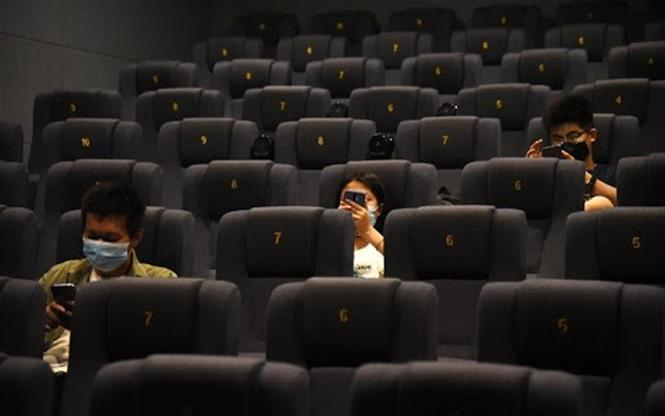 Tamil Nadu Movie Theaters to re-open at 50% capacity!