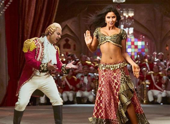 Thugs Of Hindostan: Suraiyya Song Teaser feat. Aamir Khan & Katrina Kaif