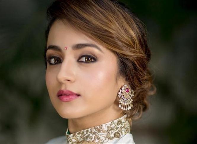 Trisha onboard for Mani Ratnam's Ponniyin Selvan