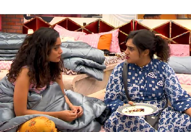 Vanitha breaks Mugen's secret to Abhirami