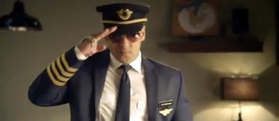 Video: First Look of Salman Khan in Bigg Boss 8