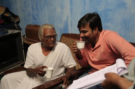 Vijay Sethupathi talks about Seethakaathi Release ...